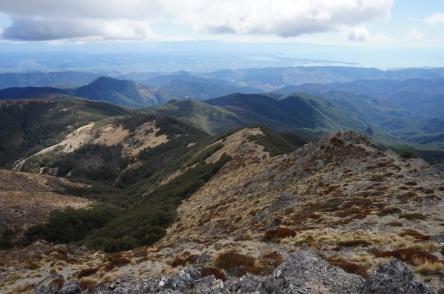 Trešā diena. Skats no Starveal kalna. Tālumā Abel Tasman līcis un Nelsona.