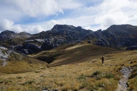 Pirmais skats uz Mount Owen virsotni. Sentinel Hill jau aiz muguras.