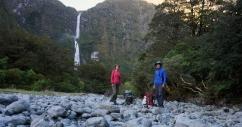 581 metru auggstais Sutherland ūdenskritums.